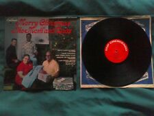 Mom and Dads Merry Christmas with the Mom and Dads LP. GNP Crescendo.