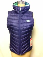 The North Face Womens Tonnero Hooded Vest M Garnet Purple  NWT Authentic