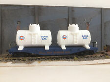 40' FLAT CAR with TWO GULF TANKS   (WITH ORIGINAL BOX)