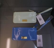 NEW WITH TAGS WOMENS PATENT LEATHER STEVE MADDEN WRISTLET