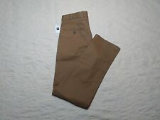 GAP CLEAN KHAKIS CHINO PANTS MENS SIZE 30X28 NEW RELAXED CREAM CARAMEL COLOR NWT