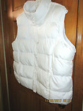FADED GLORY  puffer white vest, insulated in size 3X ( 22-24) for women