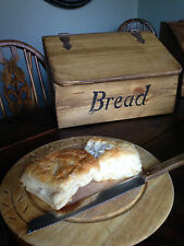 BREAD BIN/ BOX RUSTIC FARMHOUSE LOOK! RECLAIMED TIMBER / ANTIQUE STYLE HINGERS