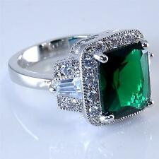 Stunning Emerald Green Cubic Zirconia CZ Cocktail Ring 18K White Gold Plated