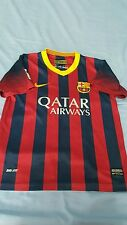FC BARCELONA  MESSI FOOTBALL  KIT SIZE  26 BOYS  SUITABLE  FOR  9- 10 YEARS