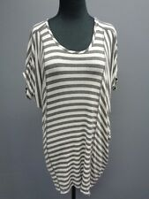 RED HAUTE Gray White Striped Scoopneck Short Sleeve Knit Top Size M SMA7417