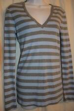 GAP - womens M - THE BOWERY Super Soft V Neck // Blue & Gray STRIPED Tee / Top