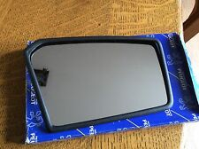 PEUGEOT 205 MK1 RIGHT SIDE DRIVERS MANUAL DOOR MIRROR GLASS  815121 GENUINE NEW
