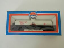 Model Power #8033 HO Scale 40' Michigan Alkali Co.Tank Car #39617 with Box