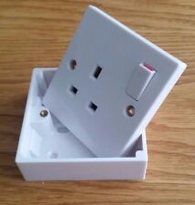1 Gang Single Socket Switched White Wall and 25mm Surface Pattress Back Box