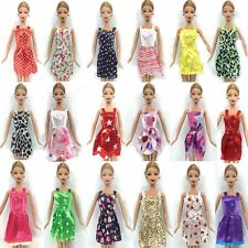 36 PIECES OF BARBIE DOLL DRESSES, SHOES & HANGERS CLOTHES SET UK SELLER FREE P&P