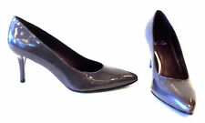 STUART WEITZMAN SLENDER TAUPE GREY SAFFIN PATENT LEATHER PUMP NEW