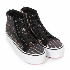 Vans Women's Sk8-Hi Studded Platform Printed Lace-Up Trainer Tiger Black