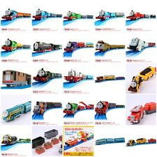 NEW JAPAN TOMY THOMAS TRACKMASTER BATTERY MOTORIZED TRAIN W/ 2 TRUCKS TS1-20 NIB