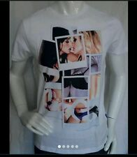 """New Mens Large Gio Goi """"Two Chicks"""" White Crew Neck T-Shirt RRP £ 34.99"""