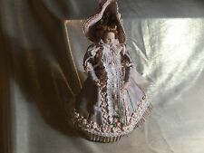 LOVELY 12th SCALE DOLLS HOUSE MINIATURE HAND CRAFTED PORCELAIN PERIOD LADY  DOLL