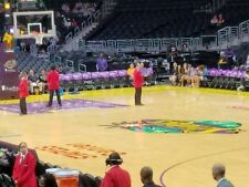(2) LA LAKERS vs PHOENIX SUNS Tickets *11/17/17* =====SECTION 117==*TUNNEL*=====