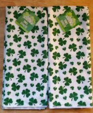 St Patricks Day Holiday 2 Microfiber White Green Clovers Kitchen Dish Towels NWT