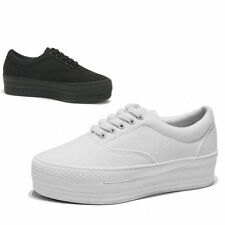 Womens Canvas Platform Lace Up Low Top Sneakers / white , black