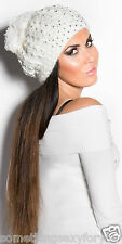 STUNNING WOOL CAP HAT WITH PEARLS AND POMPON.