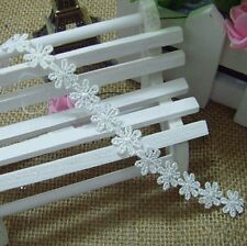 1.3CM White Snowflakes Water Soluble Embroidery Lace Applique 050021070