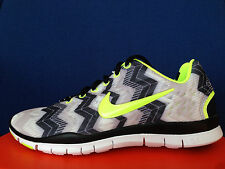 NIKE FREE TR FIT 3 PRINT AZTEC TRIBAL Neon Volt Green Chevron Mayan run 9.5 / 10