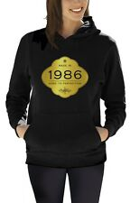 Made In 1986 - Aged to Perfection 30th Birthday Gift Women Hoodie Golden Sign