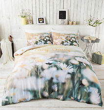 Catherine Lansfield Lazy Daisy Photographic Duvet Cover and Pillowcase Set