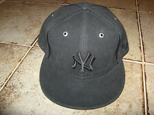 New Era 59Fifty Fitted Black Stiff leather look NY Yankees Cap / Hat NWT!!