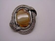VINTAGE MIRACLE FAUX BANDED AGATE BROOCH SCOTTISH STYLE KILT /SHAWL BROOCH