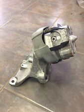 2011 Audi R8 driver side engine mount OEM
