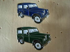 Landrover pin badge. Green or Blue Land Rover