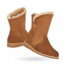 EMU Australia Womens Bells Beach Lo Winter Real Sheepskin Boots in Chestnut