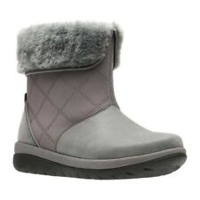 Clarks Women's   Cabrini Reef Winter Boot