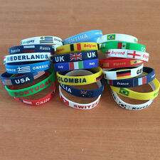 2pcs/lot 2018 World Cup Football Country Flag Wristband Silicone Bracelet Bangle