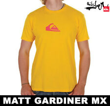 Mens Quiksilver T-Shirt New Yellow Mountain & Waves 50% OFF RRP
