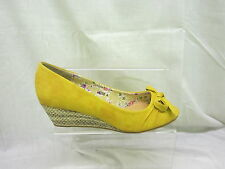 Ladies Anne Michelle Peep Toe Wedge Sandal With Bow In Yellow 'L6056'