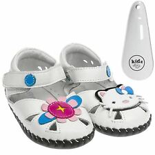 Girls Toddler Leather Soft Sole Baby Shoes Sandals White Hello Kitty & Shoe Horn