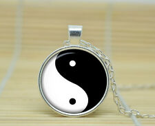 YING YANG YIN SIGN SYMBOL GLASS PENDANT NECKLACE SILVER CHAIN BLACK WHITE