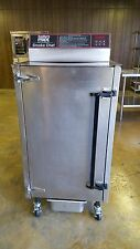 Southern Pride SC-200 electric smoker. Used very little, 1 year guarantee