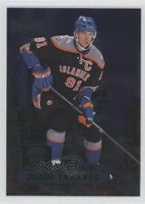 2013-14 Fleer Showcase Metal Universe MU-17 John Tavares New York Islanders Card