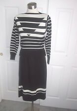 SCHRADER KNIT 2 PIECE SZ 6 PETITE BLACK AND WHITE STUNNING WORK OR PLAY USA MADE