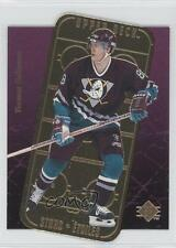 1995-96 SP Stars Gold #E2 Teemu Selanne Anaheim Ducks (Mighty of Anaheim) Card