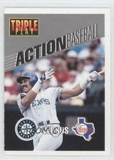 1993 Triple Play Action Baseball Game #22 Juan Gonzalez Texas Rangers Card