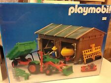 Playmobil new 3554 tractor Barn shed play Mobil Victorian play mobil vintage