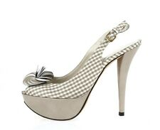 Womens STUART WEITZMAN taupe white checkered open toe platforms sz. 7.5