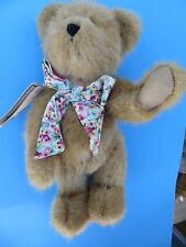 """The Boyds Collection Ltd. 10"""" Plush Bear with Bow Love Mom on Paw Mint"""