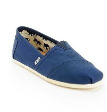 NEW MEN'S 11  TOMS CLASSIC NAVY BLUE CANVAS SLIP ON SHOES
