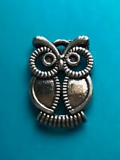 Gorgeous Little Owl Charms, Tibetan Silver.  21x15mm
