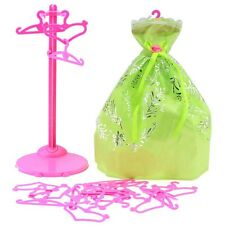 Hot Sale Heart Shaped Mixed Plastic Pink Hangers For Barbie Doll Dress Clothes